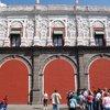 Церковь в Пуэбло, которая поразила своим убранством.