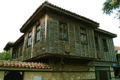Архитектурный заповедник Старые поморийские дома
