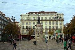 Памятник Луису де Камоэнсу