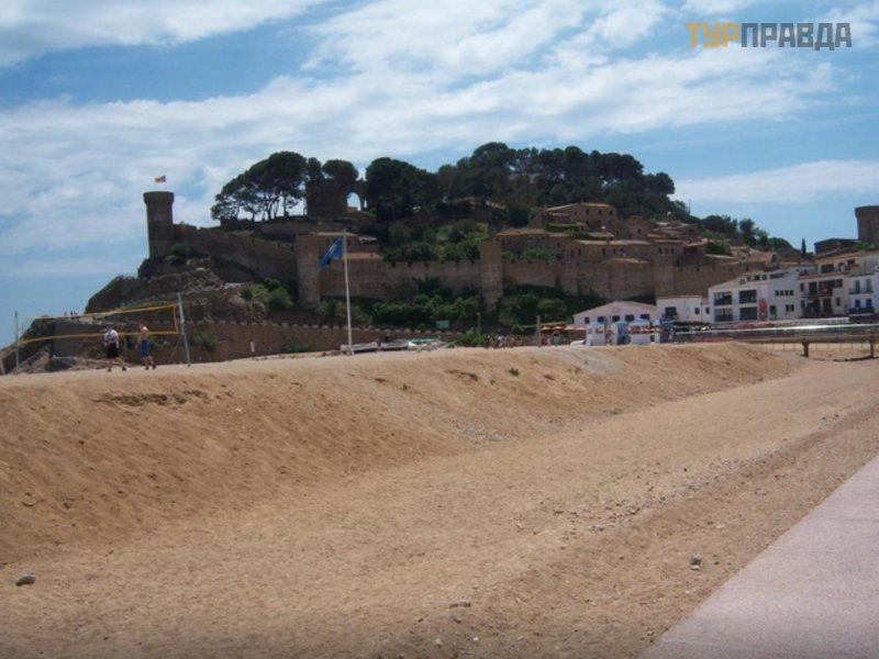 Крепость Вила Веллья Тосса-де-Мар
