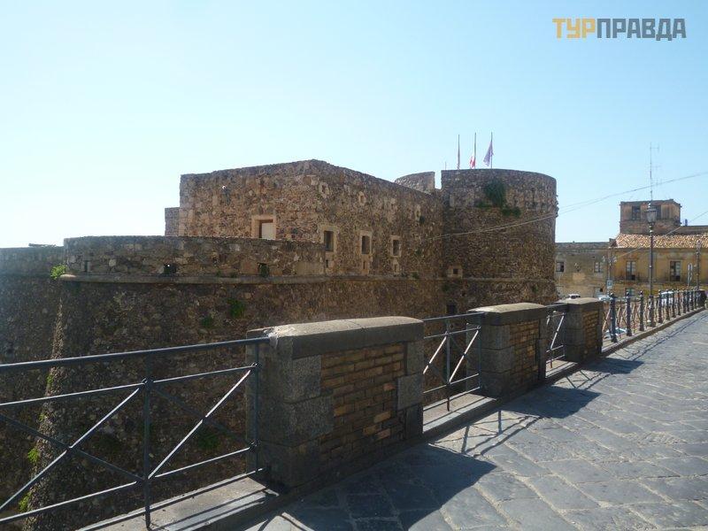 Замок Мурат ди Пиццо Калабро