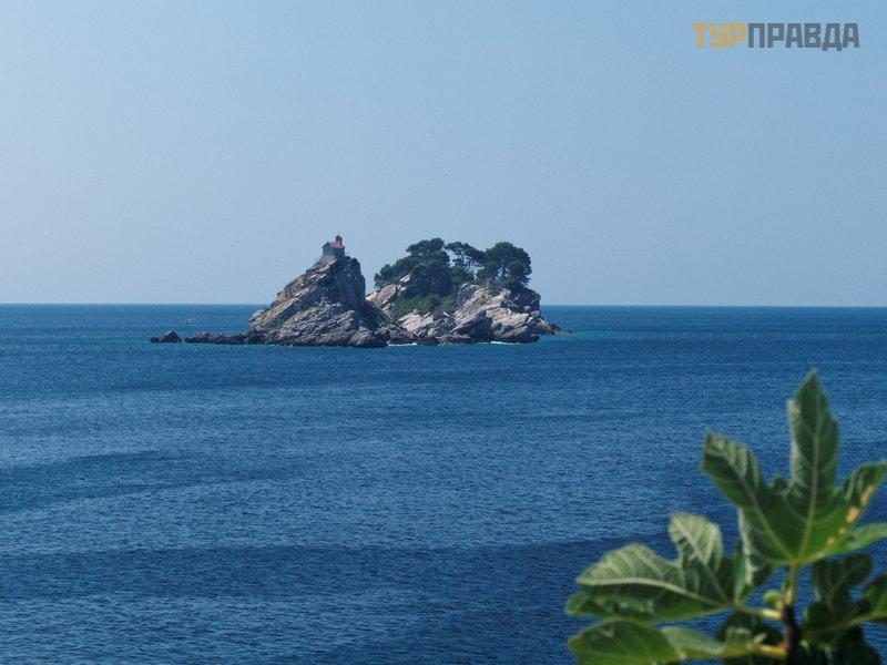 Острова Святой Недели и Катич