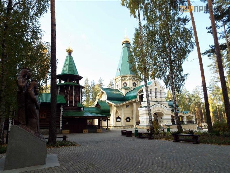 Монастырь в честь Святых Царственных Страстотерпцев в урочище Ганина Яма
